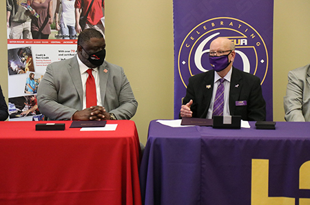 BRCC_LSUA 2: BRCC Chancellor Dr. Willie E. Smith and LSUA Chancellor Dr. Paul Coreil give remarks during 2+2 Memorandum of Understanding Signing Ceremony for the Business Department.