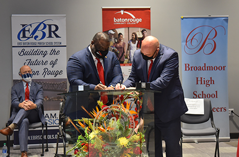 BRCC Chancellor Dr. Willie Smith and EBR Schools Associate Superintendent Ben Necaise sign the proclamation between Baton Rouge Community College and the East Baton Rouge Parish School System to officially launch the Early College Academy on Tuesday, September 22, 2020.